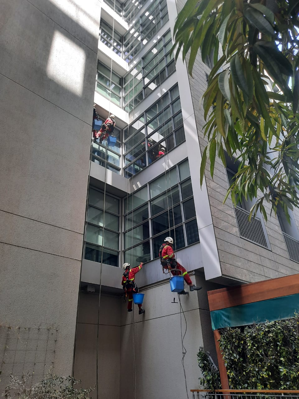 Window Cleaning Services in Dubai